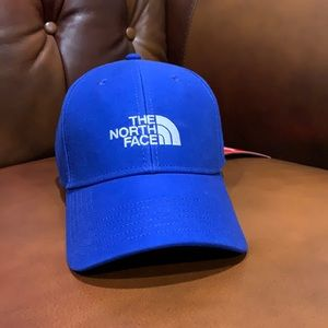 The North Face classic fit adjustable cap NWT